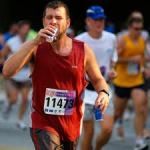runner trying to hydrate
